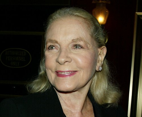 Lauren Bacall's belongings up for auction in New York