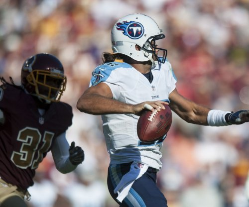 Titans activate RB David Cobb, cut QB Charlie Whitehurst