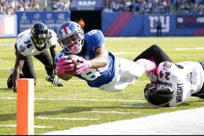 New York Giants WR Victor Cruz, LG Justin Pugh injured vs. Philadelphia Eagles