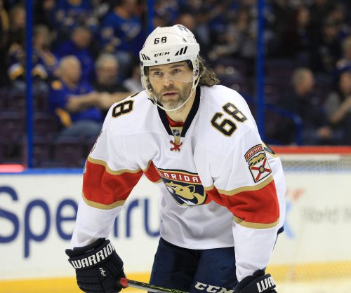 Late goal at St. Louis seals Florida Panthers' 5-0 trip