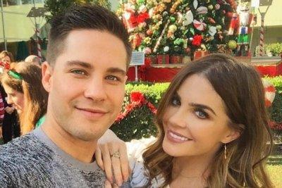 'Glee' alum Dean Geyer marries Jillian Murray