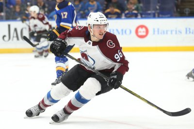 Avalanche aims to stay red hot vs. Flames