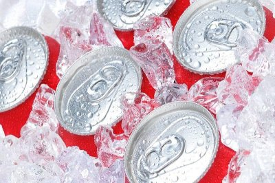 Drinking sodas tied to higher risk of early death