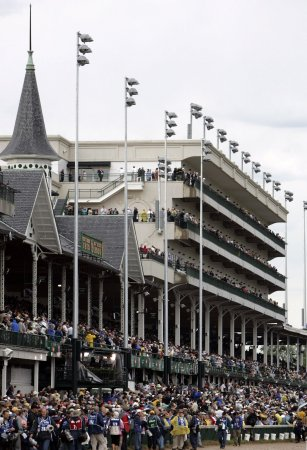 Kentucky Derby tops heavy weekend schedule