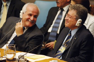 Palestinian diplomat: Netanyahu is isolating Israel