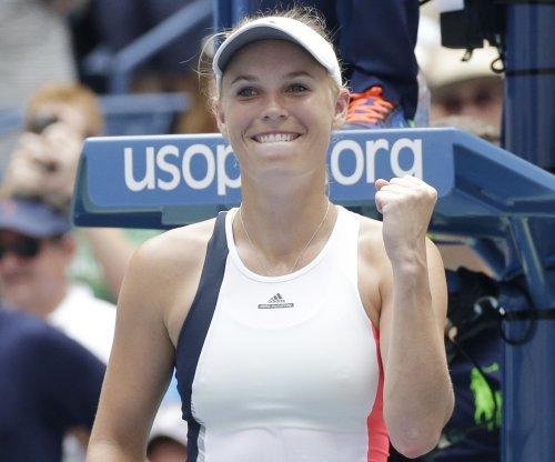 U.S. Open 2016: Caroline Wozniacki, Roberta Vinci breeze into third round