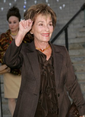 Judge Judy settles, returns pricey china