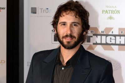 Josh Groban to perform on Sunday's Tony Awards telecast
