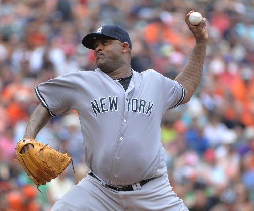 Chicago White Sox flex muscle, blast New York Yankees