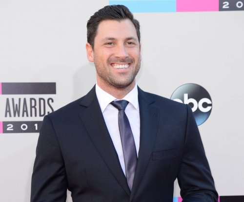 Maksim Chmerkovskiy denies feud with Vanessa Lachey: 'What drama?'