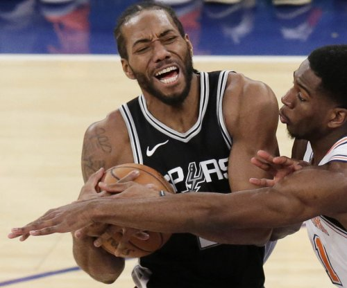 Kawhi Leonard: Spurs agree to trade star to Raptors