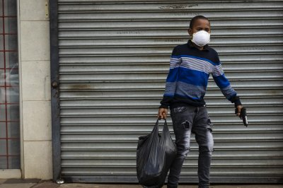 U.N. chief warns pandemic threatens Africa