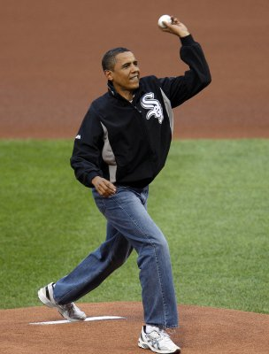Obama to throw Nats' 'first pitch'