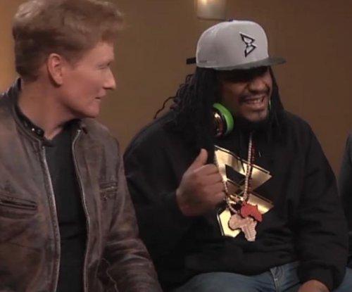 Marshawn Lynch, Rob Gronkowski play Mortal Kombat and talk Lipitor with Conan