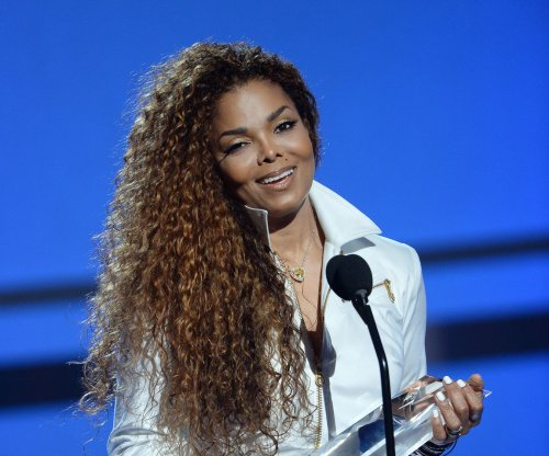 Janet Jackson writes note to Aaliyah on 14th anniversary of her death