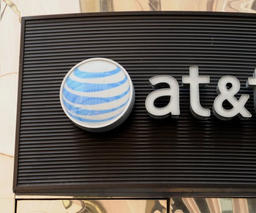 AT&T announces $1,000 bonuses for 200,000 employees after tax bill