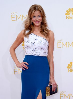 Anna Gunn to play detective in 'Gracepoint'