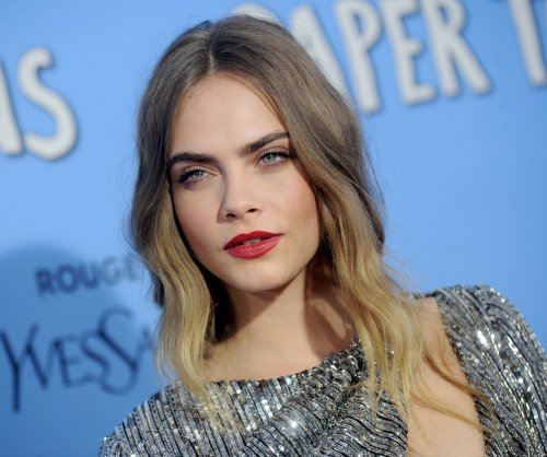 Cara Delevingne, girlfriend St. Vincent attend premiere