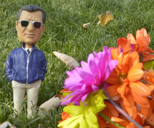 Penn State to honor Joe Paterno anniversary