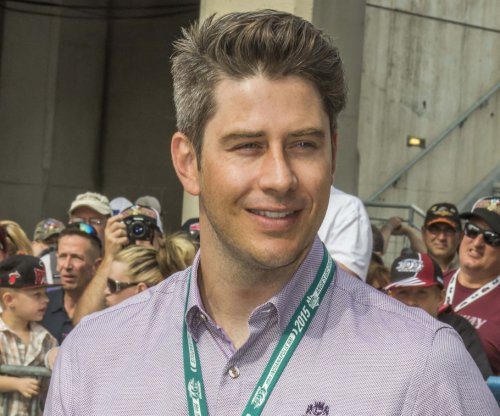 Arie Luyendyk Jr., Lauren Burnham explore Spain in new photos