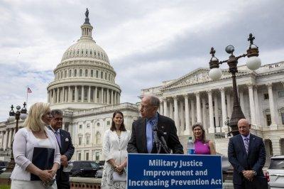 Senators introduce bipartisan military justice reform bill to prosecute sexual assault