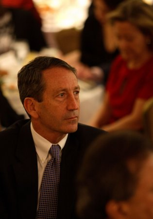 Sanford wins runoff in South Carolina