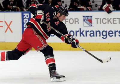 Rangers' Staal: Still getting headaches