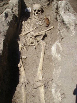 'Vampire' skeletons unearthed in Bulgaria