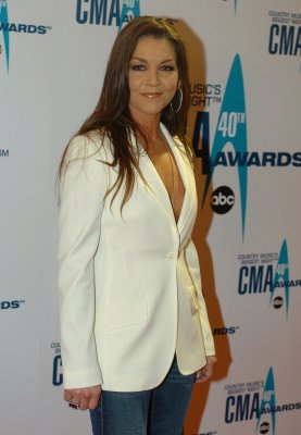 Gretchen Wilson gets GED at 34