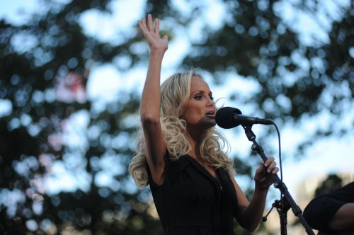 Chenoweth joins 'Good Wife' cast