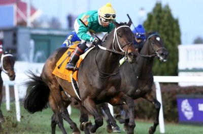 UPI Horse Racing Roundup: Wins by Hot Springs and Highway Star feature weekend