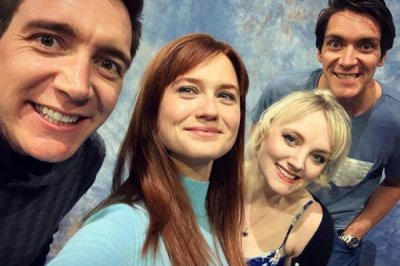 Evanna Lynch reunites with 'Harry Potter' co-stars