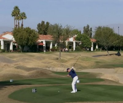 One-armed golf amateur hits hole-in-one on PGA Tour course