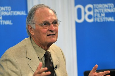 New Alan Alda challenge to scientists: Explain sleep to kids
