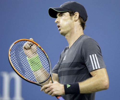 Murray ousted; Berdych reaches Rotterdam semis