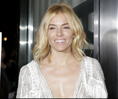 Sienna Miller and Bradley Cooper's restaurant drama 'Burnt' earns high praise from chef Mario Batali