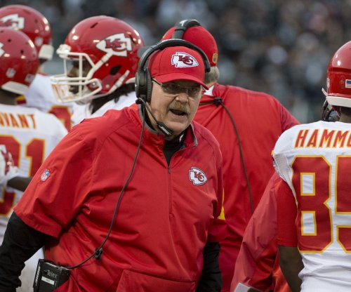Kansas City Chiefs coach Andy Reid has knee replacement surgery