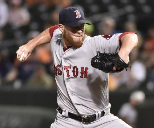 Boston Red Sox fan major league record-tying 20, sweep Texas Rangers