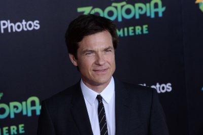 Netflix renews 'Ozark' for second season