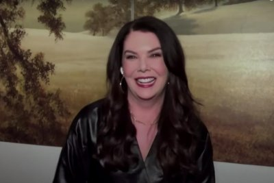 Lauren Graham on 'Gilmore Girls' resurgence: 'It keeps it alive for me'