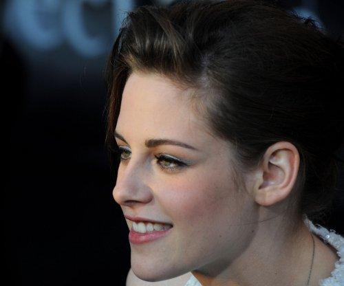 'Breaking Dawn' gets release dates