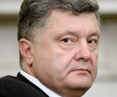 Ukraine President Petro Poroshenko orders ceasefire, calls it 'the last chance' for peace
