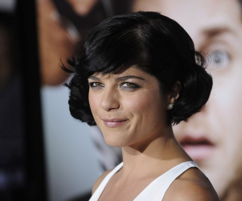 Selma Blair on Kris Jenner: 'She's a warm, generous, giving woman'