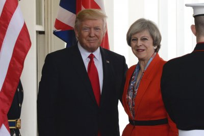 Watch live: Theresa May, Donald Trump hold press conference