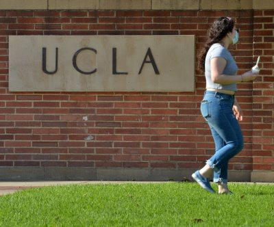 ICE to require students on visas to leave universities that transition to fully online