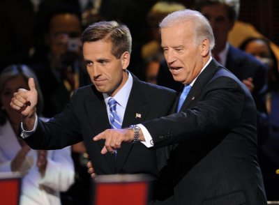 Hospital: Biden's son had apparent stroke