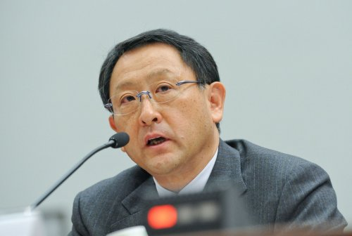 Toyota memo points to electronics not mats
