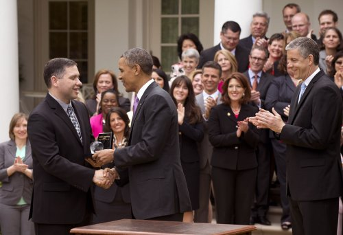 Obama honors 'Teacher of the Year' Jeff Charbonneau