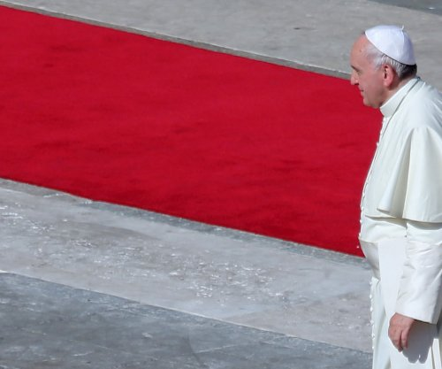 Pope Francis visits Turkey, meets with Erdogan