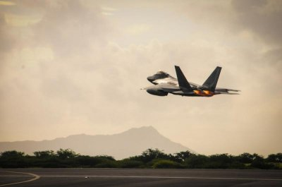 F-22 Raptors deploy to Middle East